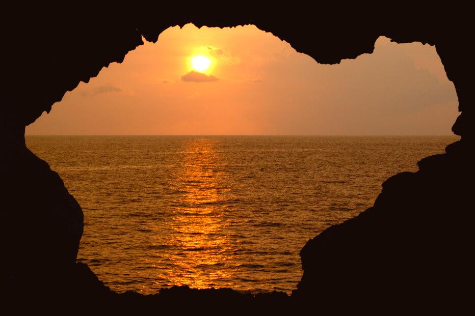 03 Lava Tube Sunsation